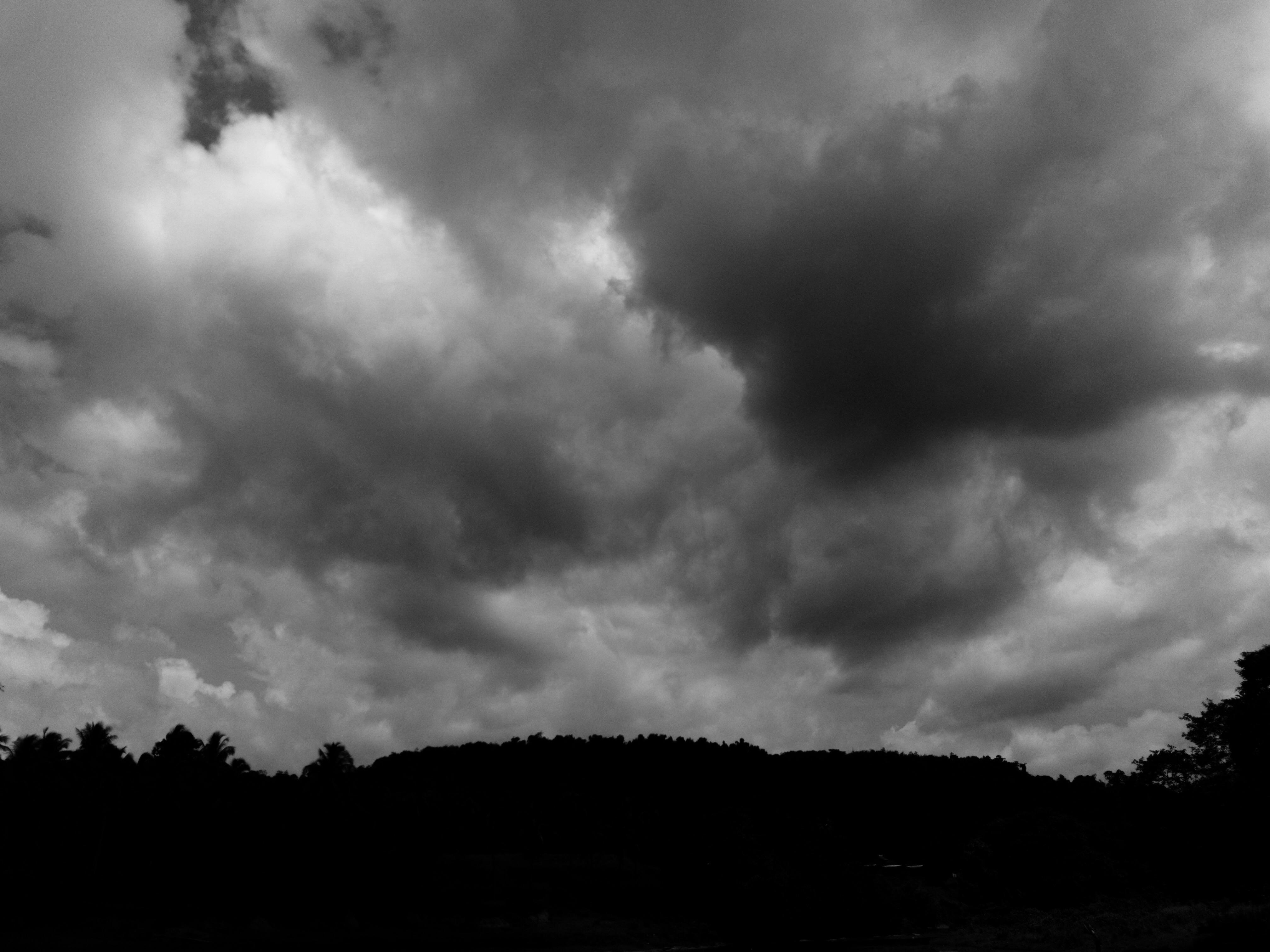 cloudy skies iv sri lanka spanish lens